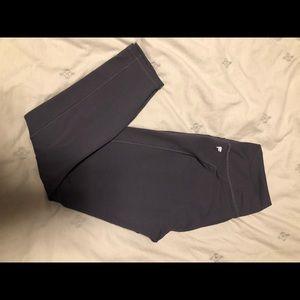 Fabletics powerhold 7/8 length leggings